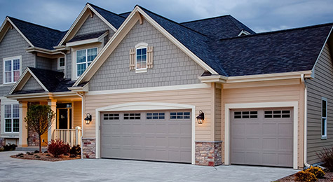 Overhead Garage Door in Oklahoma City, OKC, Edmond, Yukon, Mustang OK